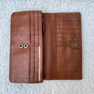 """Harbour 2nd Tan Leather Wallet 7.25 x 3.5"""""""